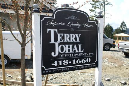 custom commercial signage